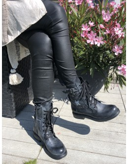 Boots Rock & Glamour
